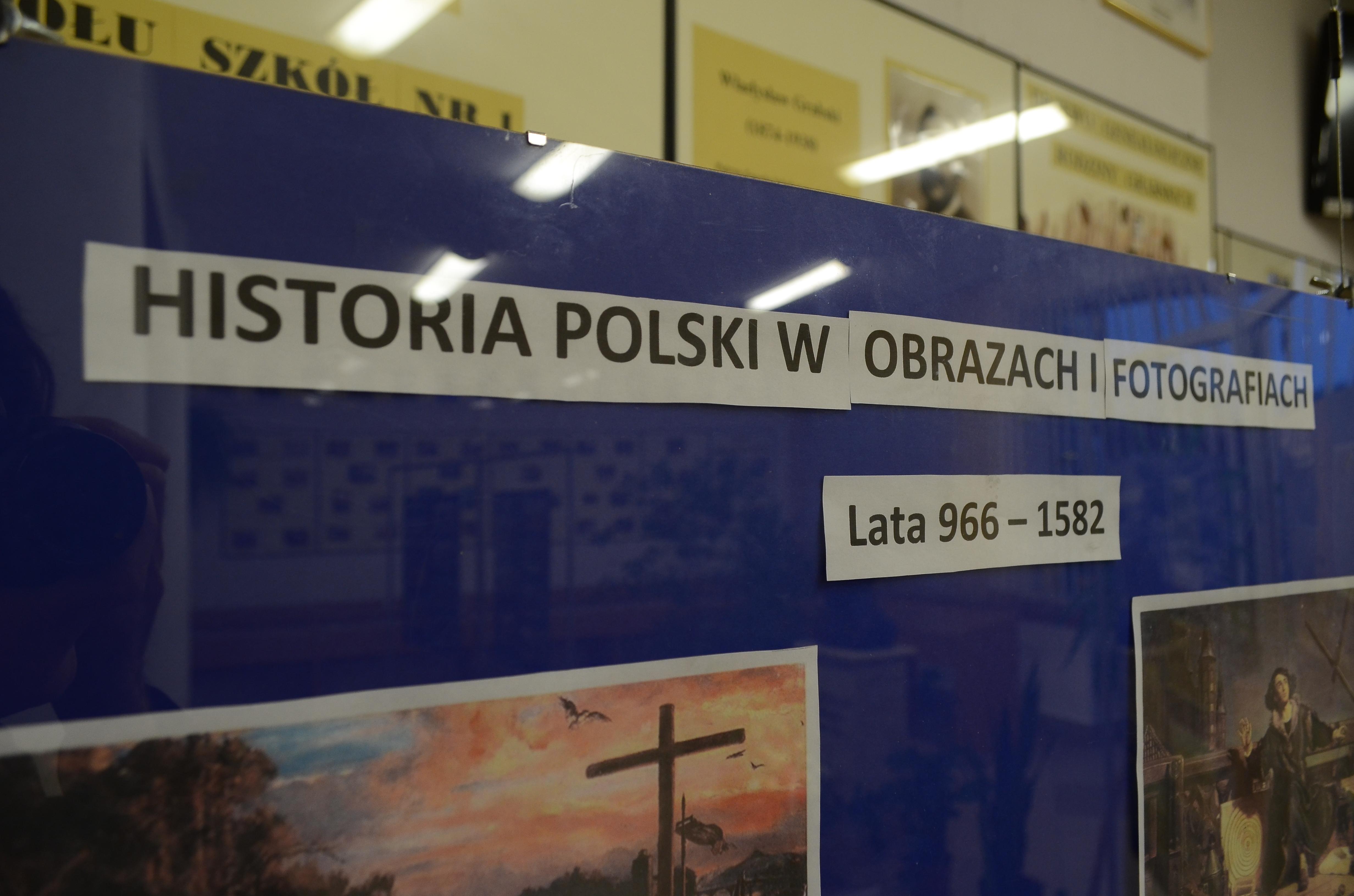 """Wystawa """"Historia Polski w obrazach"""""""